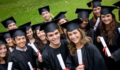 Étudier à l'étranger:quelles aides financières espérer?