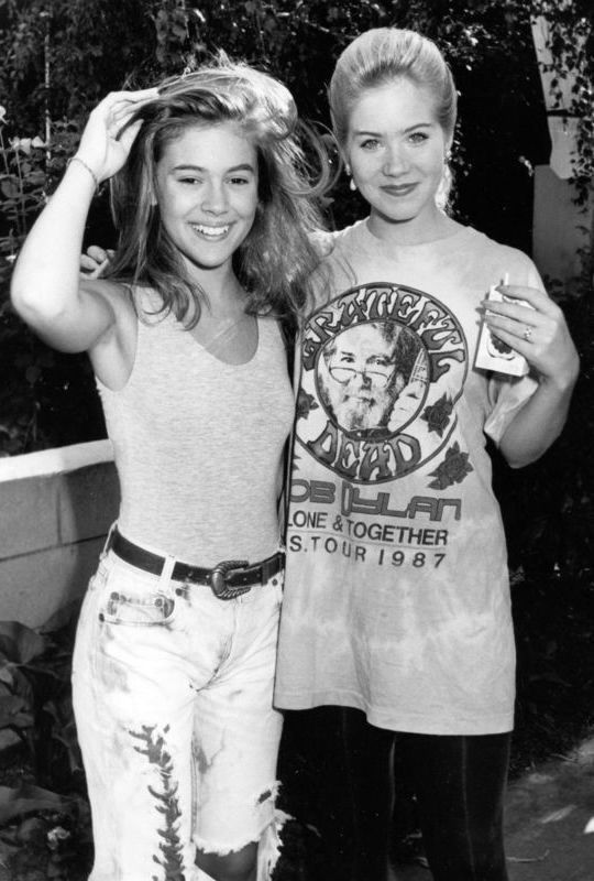 Alyssa Milano And Christina Applegate 1980s Alyssa Milano