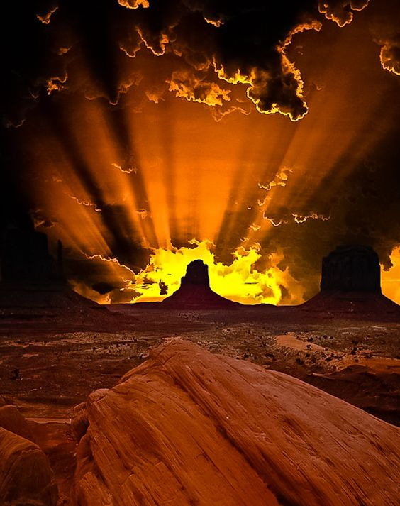 Monument Valley ~ Utah, USA. What a sunrise! Gorgeous. Twilight of the Gods! Or God's bounteous wonders.