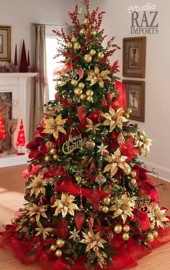 Decoracion De Arboles De Navidad Modernos Color Rojo Cool Christmas Trees Red And Gold Christmas Tree Gold Christmas Decorations