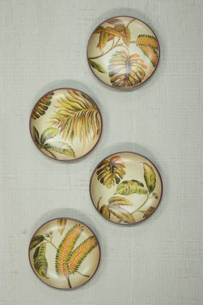 SET/4 ACCENT PLATES \ LEAVES  $12.00