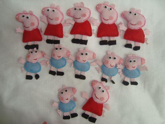 Lembrancinha Peppa Pig e George Pig.   Toda feita em feltro com detalhes em miçangas.   Pode ser feito em chaveiro ou em imã.