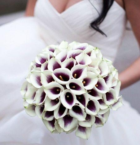 Calla Lily bouquet - love the dark center