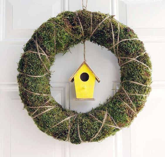 maison-oiseaux-idee-couronne-porte