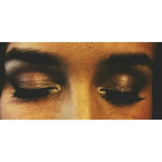 Idea make up bride. ©Joséphine Hoy_ make up artist  Golden | brown eyes.