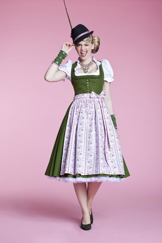 dirndl has dirndl more hat ein bavarian dirndl speckled people 59 lady ...