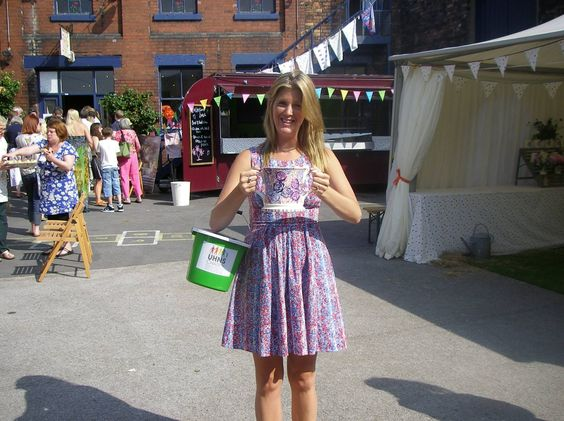 Emma Bridgewater Roses Two Handled Mug for Collectors Day Raffle 2013