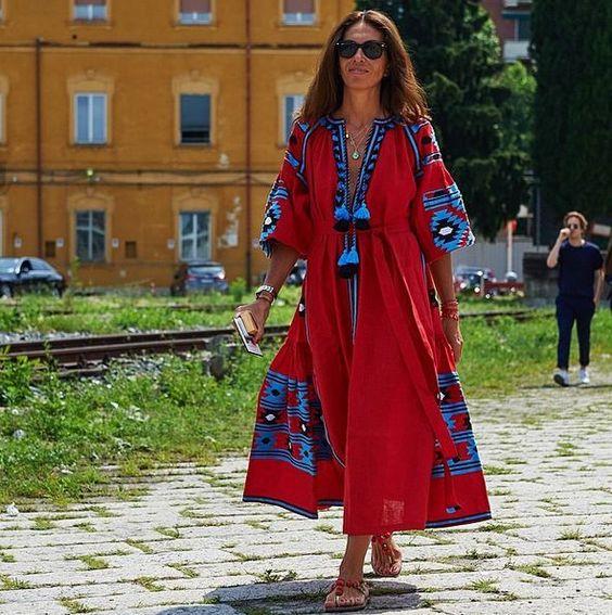 Anna Dello Russo's bestie, stylist Viviana Volpicella, wore a red Vita Kin dress to Gucci's most recent show.