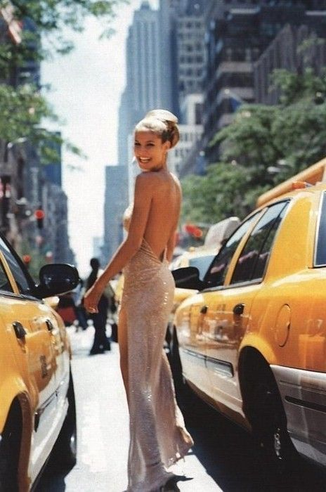 because she makes hailing a cab in new york city look so effortless