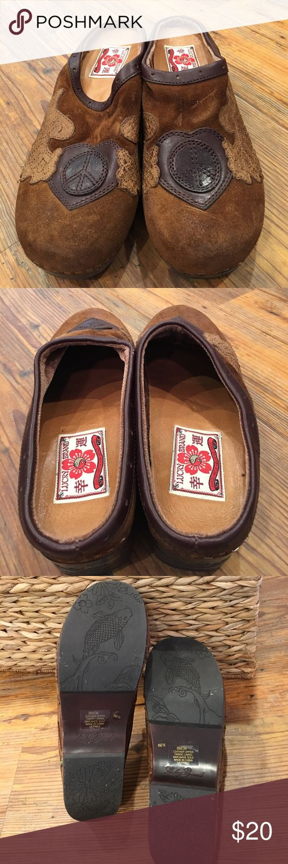 Lucky Brand size 8 M clog Lucky Brand size 8 clog with leather peace sign... Lucky Brand Shoes Mules & Clogs
