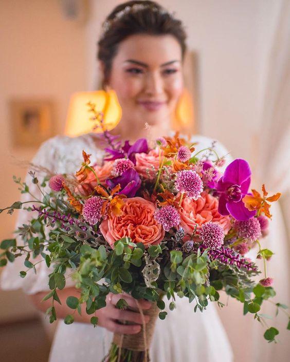 """Blog Casamento NOIVA DE EVASÊ on Instagram: """"O buquê da menina @joycekitamura é um escândalo de lindo e de cores. Vale a inspiração para casamento de dia, manhã ou tarde, campo ou…"""""""