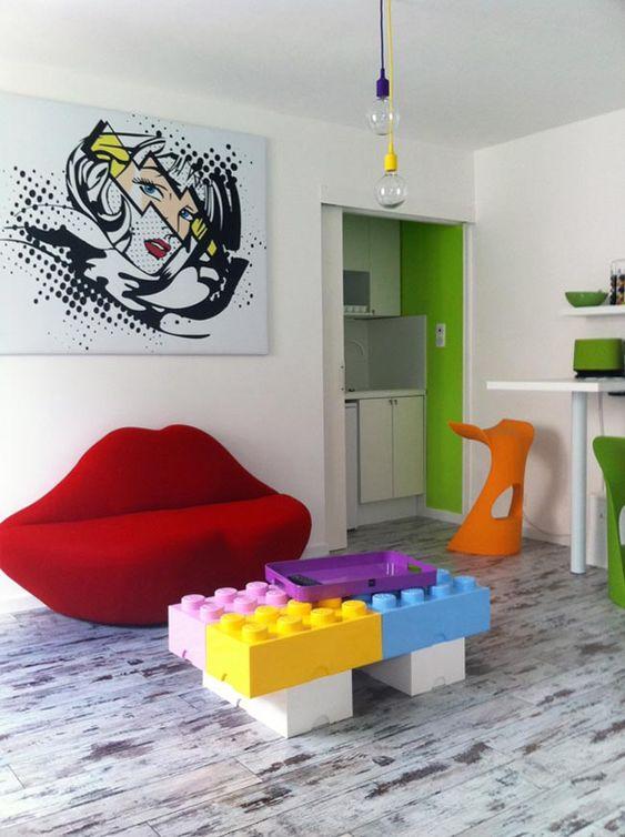 Small room pop decoration. Studio Kid et deco - La touche d'Agathe - Children, child, room, bed, chambre , lit, playroom, salle de jeux, boy girl adolescent teen teenager deco teenager