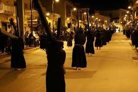 Resultado de imagem para bambini scalzi processione