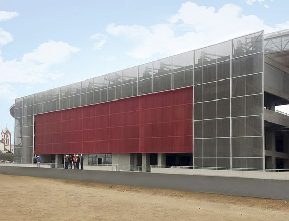 Cidelsa, empresa especializada en brindar soluciones integrales de arquitectura textil e ingeniería, presenta una nueva solución para renovar su fachada aplicando productos sintéticos industriales.