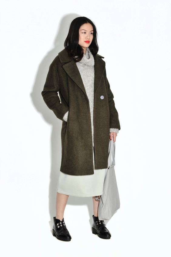 Women's coats: six different looks – in pictures