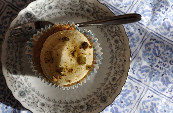 persimmon cupcake from above by yeaahbabie, via Flickr