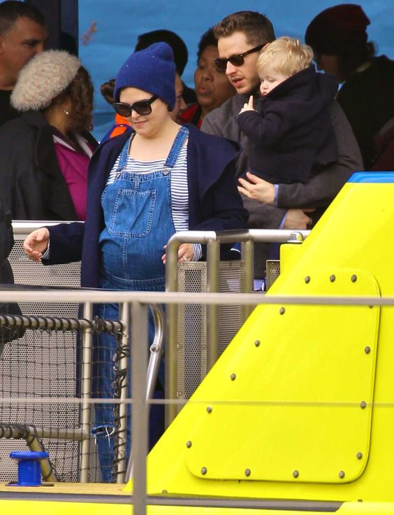 Ginnifer Goodwin, Josh Dallas and Oliver Dallas at Disneyland Park on January the 30th, 2016.