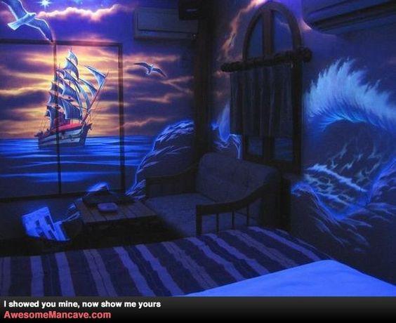 Every Room, A Black Light Room!!