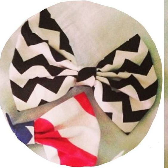 Chevron Bow by GlitzySouthernChic on Etsy, $5.00