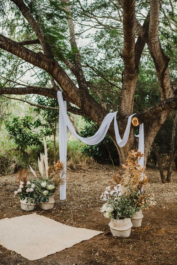 A backyard wedding with the perfect blend of rustic and boho chic