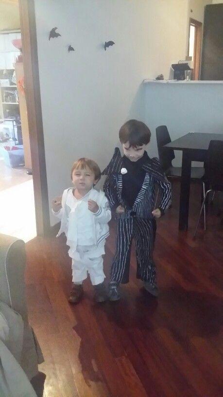 Costumi di halloween homemade, mummia e jack skellintong