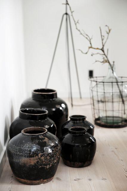 Pots asian interior and black on pinterest - Pot deco interieur ...