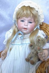 Evelyn Phillips Antique Dolls : PAGE FOUR