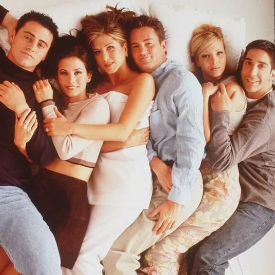 """Oprah Interviewed The Cast Of """"Friends"""" In 1995 And It Will Melt Your Heart"""