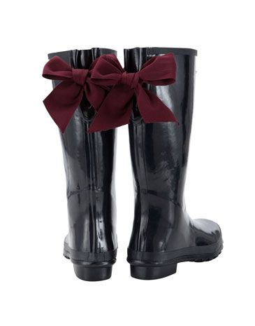 navy blue wellies with burgundy bows.