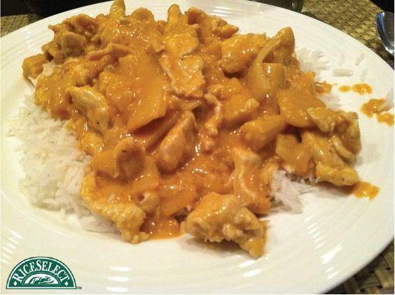 How @kpappernek on Twitter rethinks rice: Chicken Red Curry over RiceSelect rice. #RethinkRice #Sweeps #RiceSelect