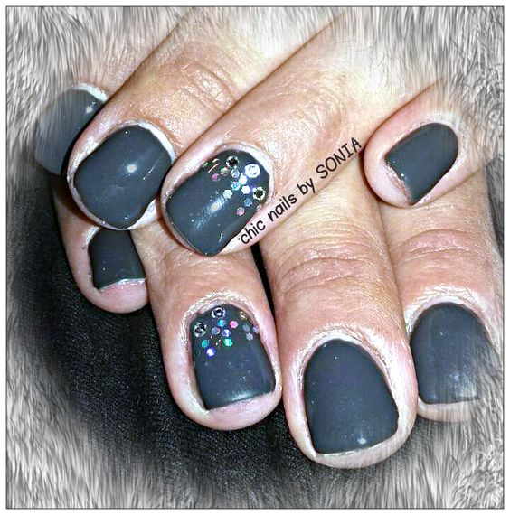CHIC NAILS BY SONIA
