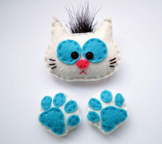 gato de feltro