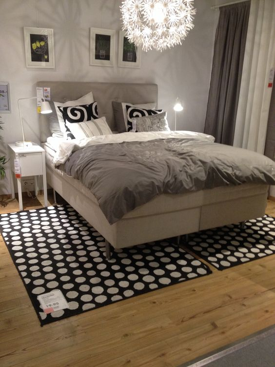 ikea boxspring en lamp bedroom sweet dreams pinterest lamps bedrooms and ikea. Black Bedroom Furniture Sets. Home Design Ideas