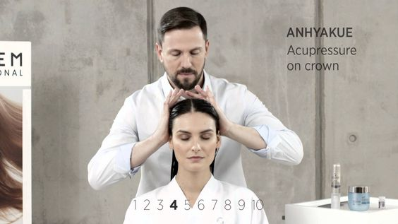 How To: 10-step Energy Amoa Massage In-Salon Treatment | System Professi...