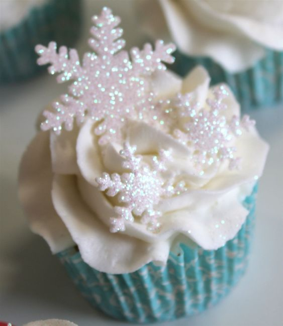 Frosted snow cupcakes