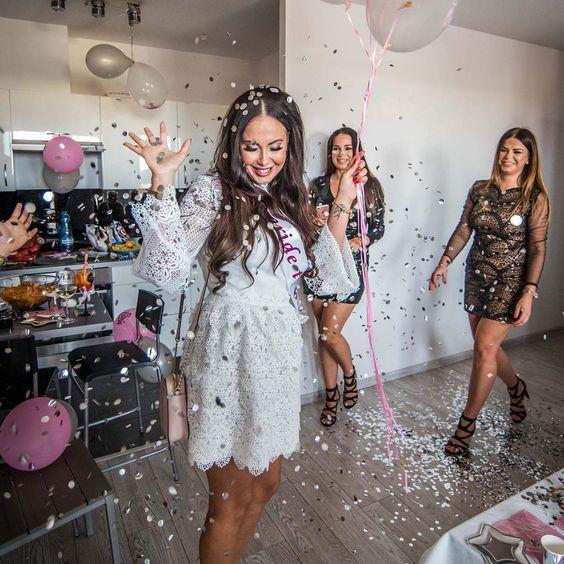 Wieczór Panieński#bride #przyszlapannamloda #party #beautifulgirl #brunette #brunettegirl #lovley #photooftheday #photo #instalike #najlepszezdjecie #olgajedrzejewskaphotography