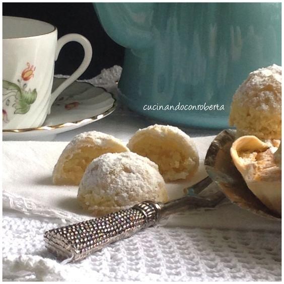 Per un dessert delizioso, morbido e croccante, ideale per ogni occasione, la torta mandorlata è una vera prelibatezza! Una sfoglia sottilissima di pasta s