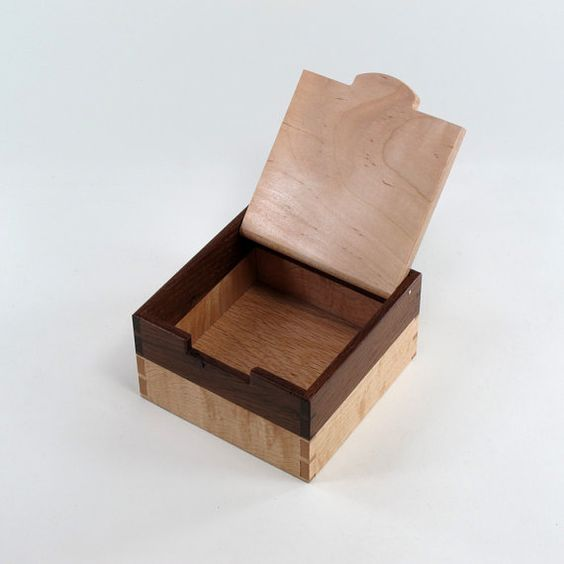 English Oak and Maple Keepsake Box Jewelry Box by JMCraftworks