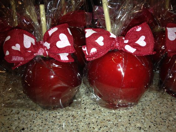 Classic Red Candy Apples for Valentines Day!