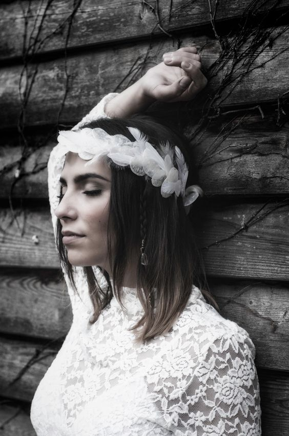 I am a Berlin based Headpieces Designer - Flower Crowns, Tiaras, Turbans and many more...here is a collections of my work. You can find more her:www.kopflegenden.de ©flash-factory.eu