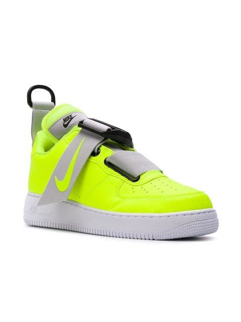 Nike presents these Air Force 1 Utility Volt sneakers for