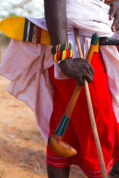 Massai com rungu