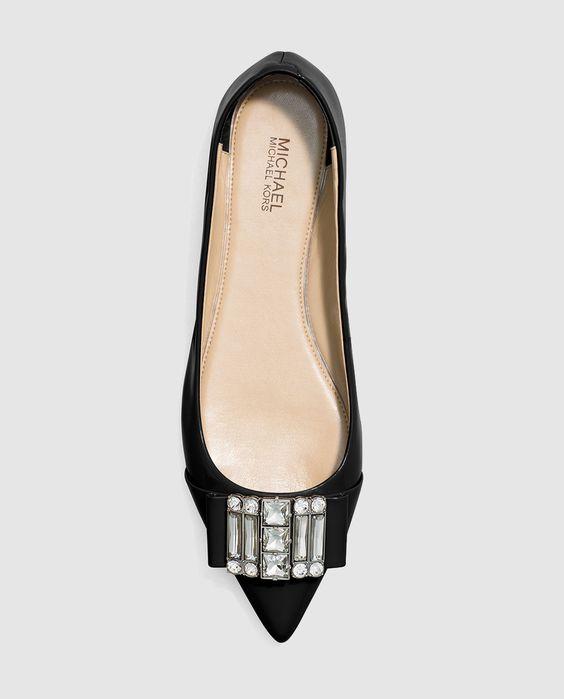 Bailarinas de mujer de Michael Kors color negro en piel. Modelo MICHELLE FLAT.