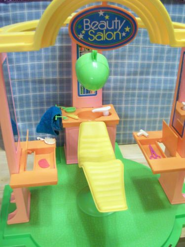 Barbie Beauty Salon 1975-ish, I had this and LOVED it!!
