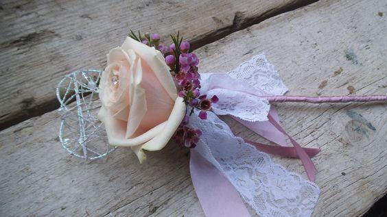 Flowergirl rose wand