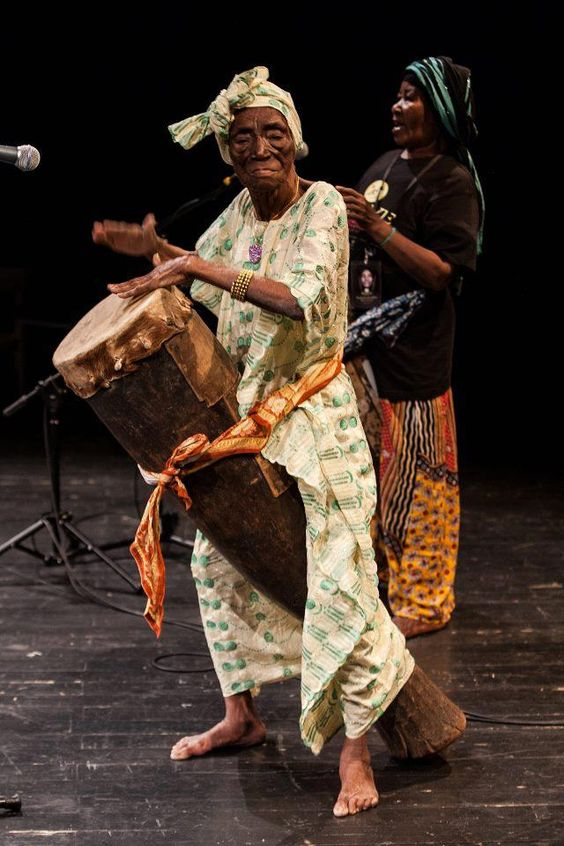 RIP singer Fatma binti Baraka, known as Bi Kidude. She was buried in her village of Kitumba, where Tanzanian President Jakaya Kikwete paid his respects. She performed until recently, she was a remarkable women, drummer and singer who used her power and energy to revolutionized the people of Tansania, Zanzibar and used her music to preach Africanism