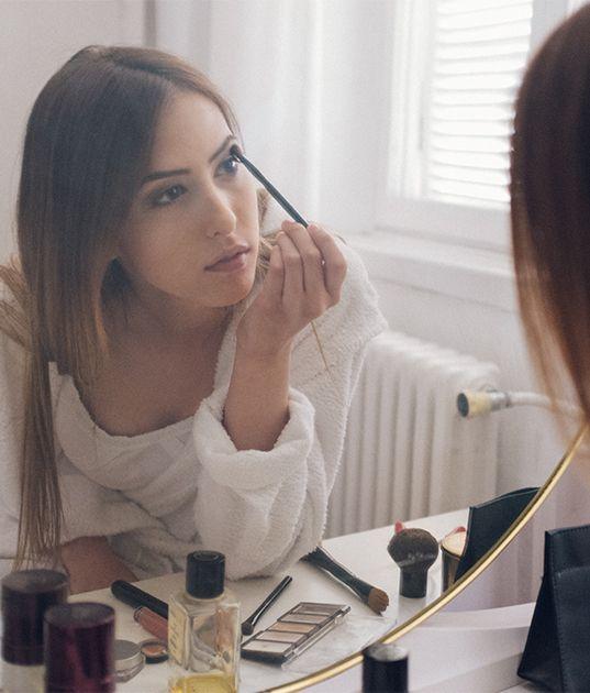 Entdecke ein riesiges Sortiment an Make-up für Augen, Lippen oder Teint