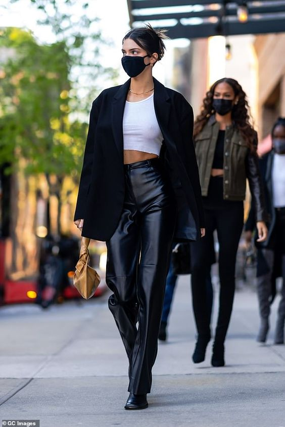 5 Ways To Style A Monochrome Fit