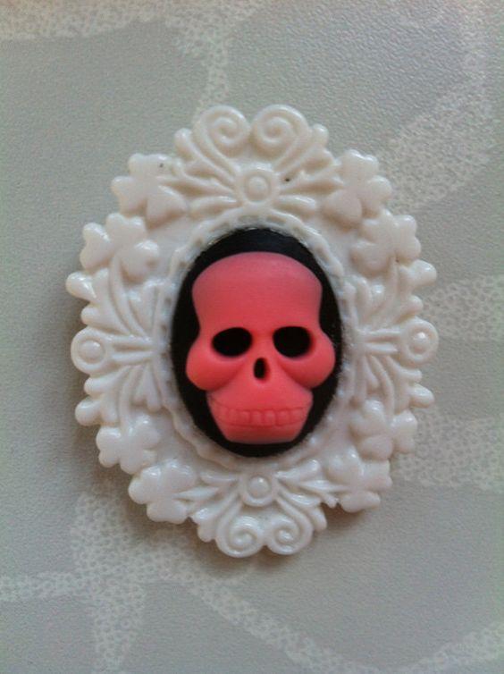 Pink & Black Skullduggery Brooch £5.00