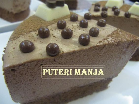 RASA-RASA SELERA PUTERI MANJA: CHOCOLATE MOUSSE BROWNIES